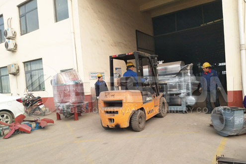 Shipment of Egg Egg Carton Making Machine to India